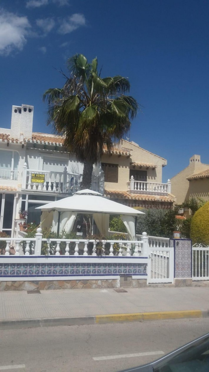 Terraced house with lovely seaviews in Cabo Roig
