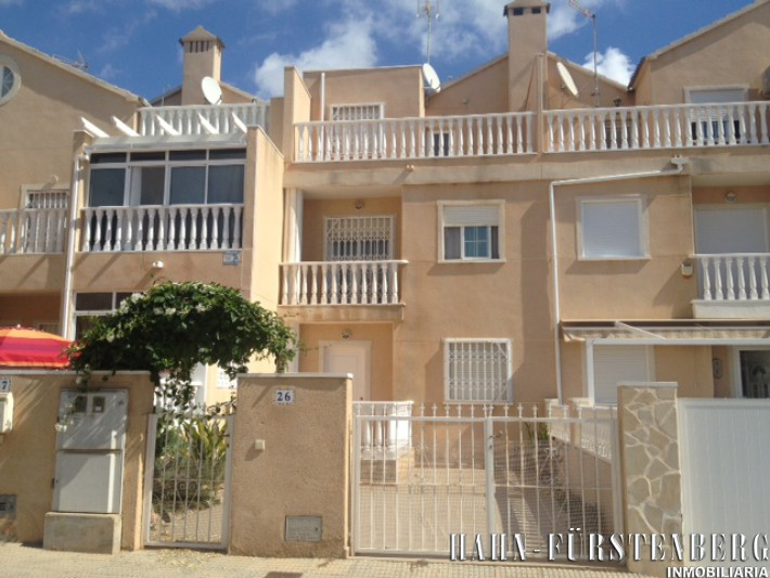 Terraced house in central location in La Zenia
