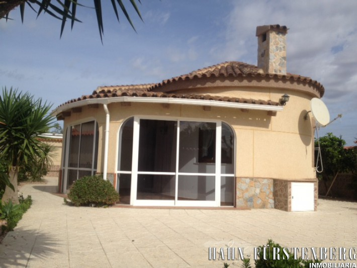 Detached villa in La Zenia
