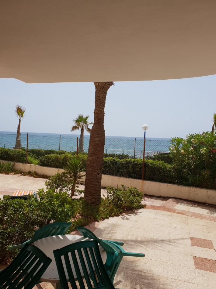 Front line apartment in La Zenia with lovely sea views