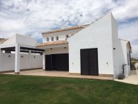 Luxury newbuild villas at the golf course