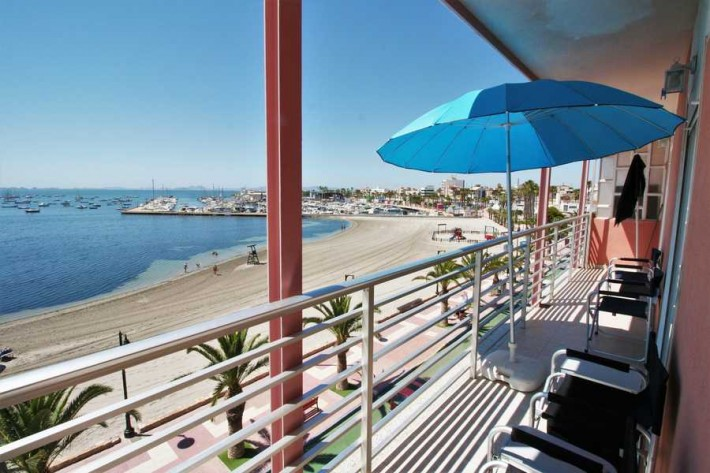 Front line apartment in Lo Pagan with excellent seaviews