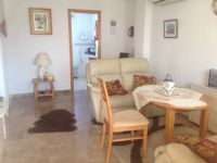 Sunny groundfloor apartment in San Luis