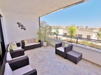 Bright and modern spacious apartment in Campoamor