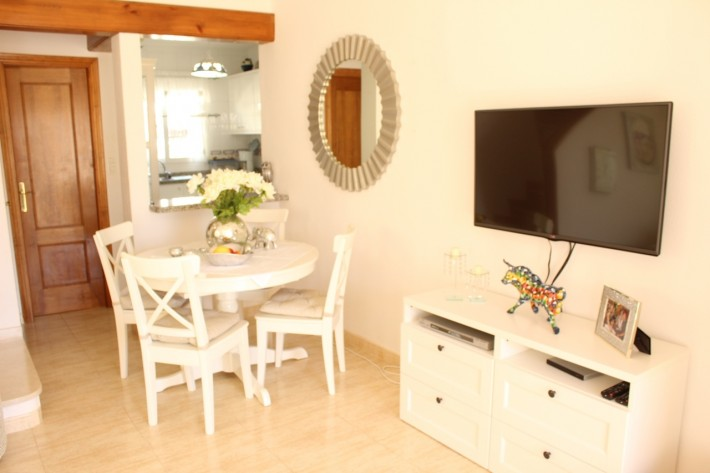 Well presented detached villa close to the beach in Cabo Roig