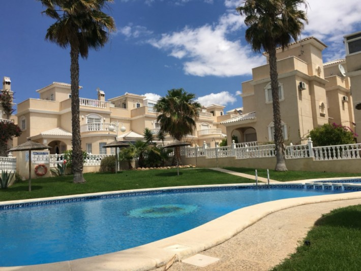 Luxury detached villa with private heated pool