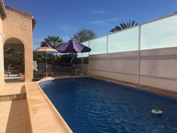 Detached villa on one level on the beachside of La Zenia