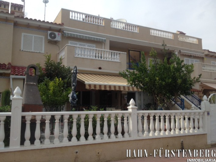 Unteres Apartment in Zeniamar