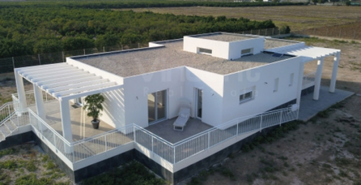 Special detached villa on a 11.800m² plot in Rojales