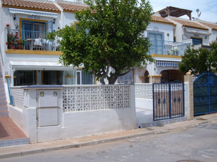 South-facing groundfloor apartment in Torrevieja