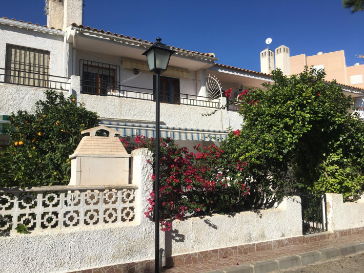 Spacious terraced house on the beachside of La Zenia